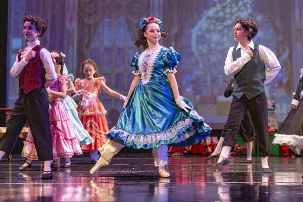 Rayna Morphis dances Clara